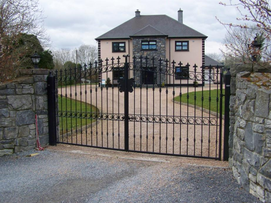 Highly decoative gates galway electric